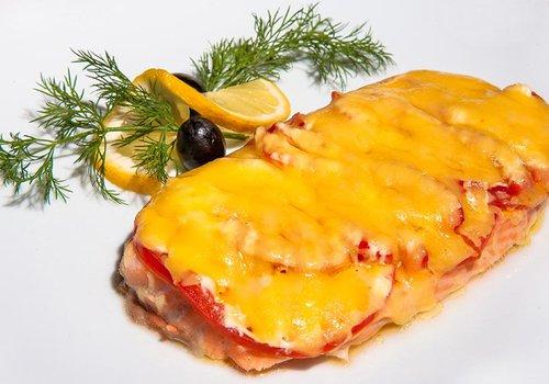 Стейки форели с сыром в духовке