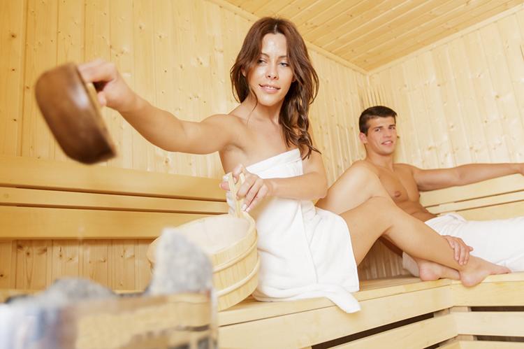 женщины в в бане-хт2
